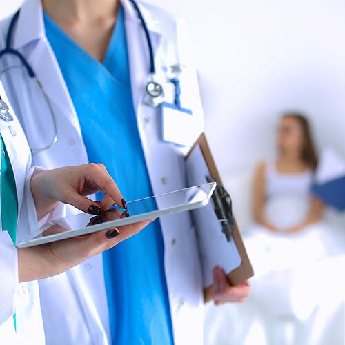 Healthcare Technology Company Drives Web Traffic and Content Downloads with LinkedIn