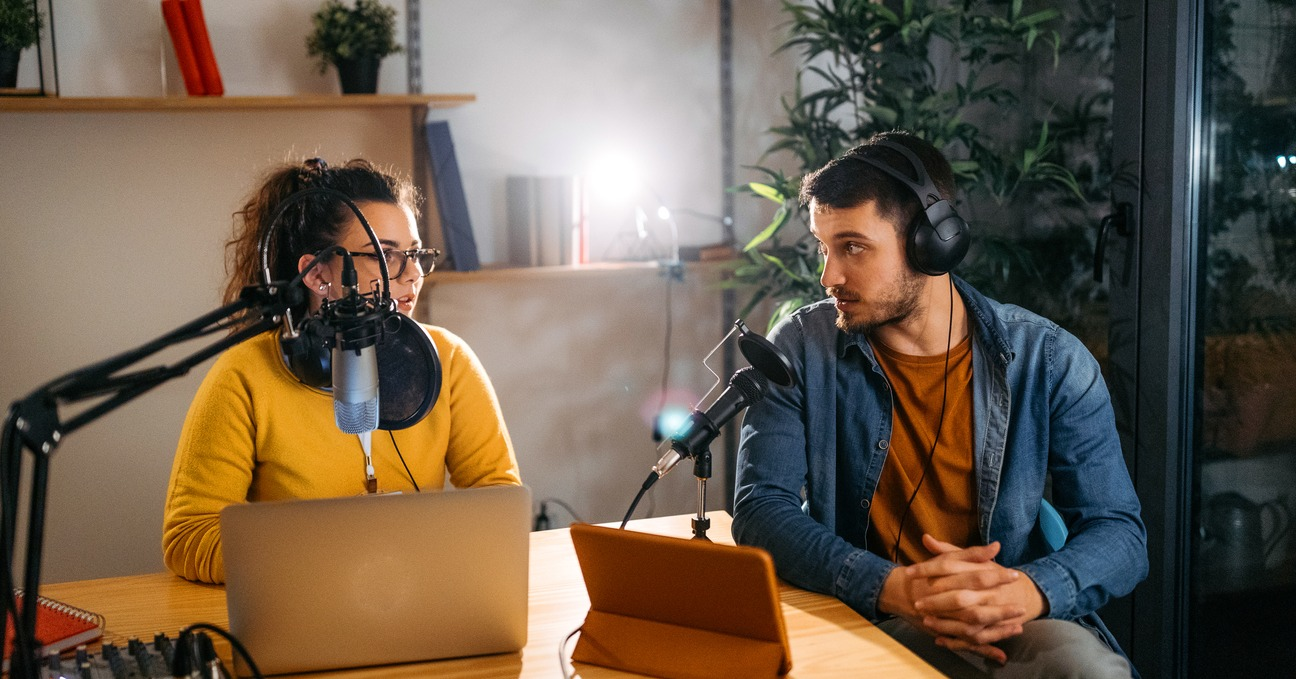 6 Great B2B Podcast Promotion Methods