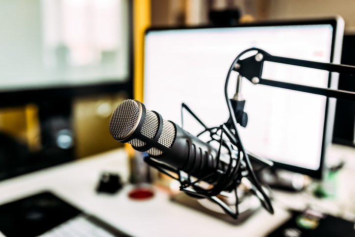 5 KPIs to Track Your B2B Podcast's Success